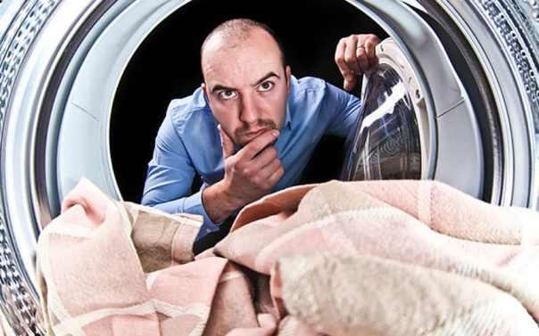 man-washing1_3217819k.jpg